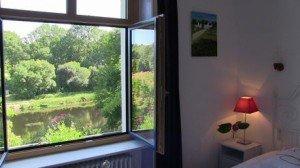 FRANCE - 56310 - Bieuzy Les Eaux - La Couarde (Ar Goard) dans chambre d'hôte avec table d'hôte vue-de-la-chambre2-300x168